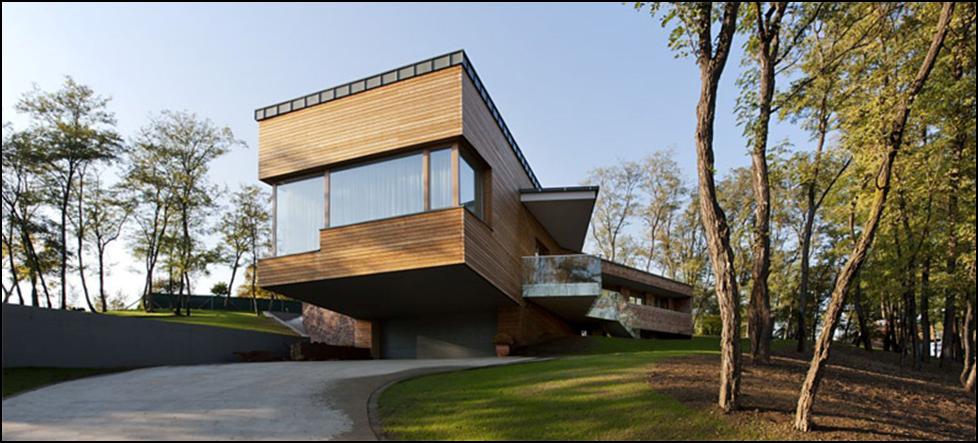 dom na sklone